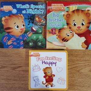 3x Daniel Tiger books